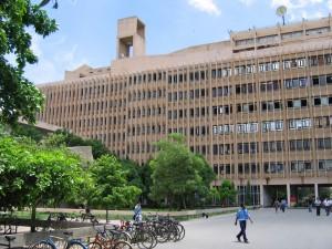 インドは超競争社会?!インドでの就職活動と学生の意識ってどうなってるの?