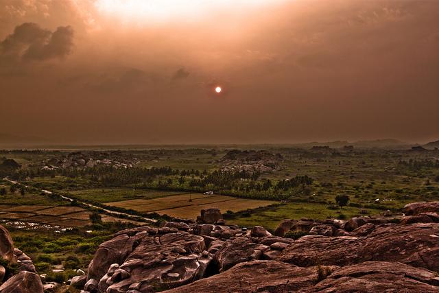 """訪れる人を絶対に後悔させないインドの世界遺産、""""ハンピ""""ってどんなところ?"""