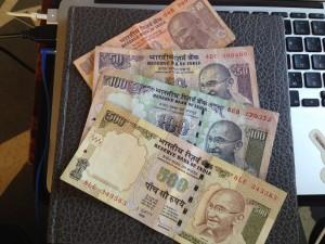 インドでのクレカ利用は大丈夫?ルピーの両替とキャッシングの準備は入念にしよう