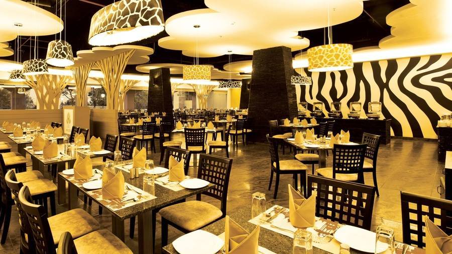 dining_2_wonderla_resorts_bangalore