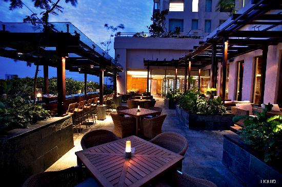 最高にロマンチックな聖夜を過ごしてみませんか?格安で泊まれるバンガロールの最高級ホテル3選