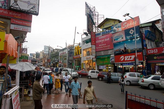 【海外インターン】バンガロールのスタートアップでインターン中の僕がインドでの生活について書いてみた。